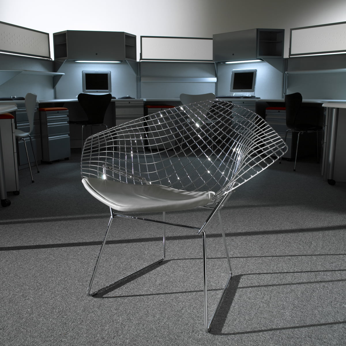 fauteuil bertoia diamond de knoll dans la boutique. Black Bedroom Furniture Sets. Home Design Ideas