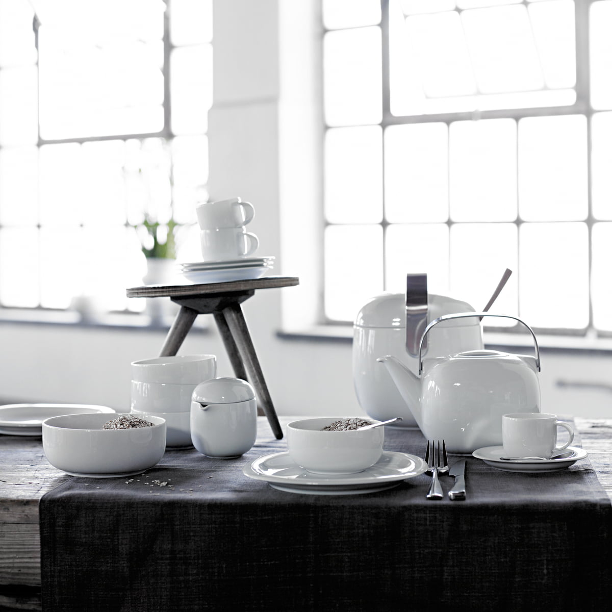 service de table suomi de rosenthal dans l 39 e boutique design. Black Bedroom Furniture Sets. Home Design Ideas