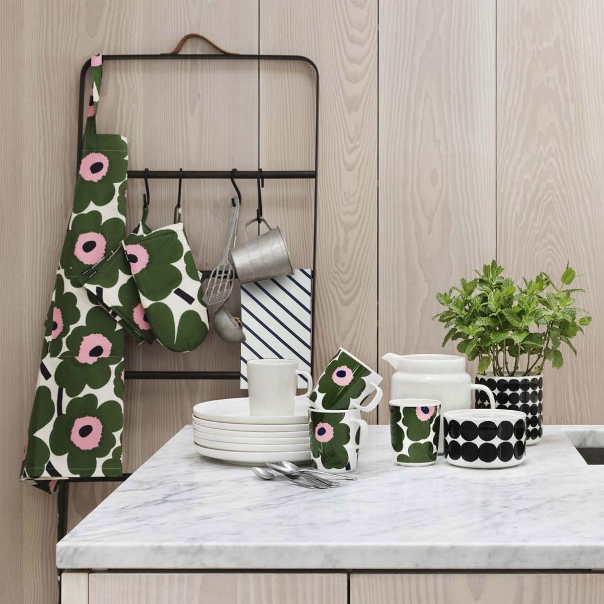 oiva unikko tasse avec anse par marimekko dans la boutique. Black Bedroom Furniture Sets. Home Design Ideas