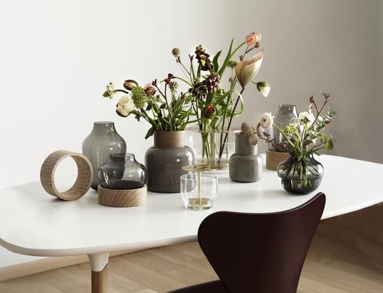 Trouvez ici coupes, chandeliers, vases et autres, qui décorent votre table...