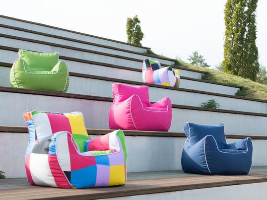 Le fauteuil souple de Sitting Bull offre un soutien pour le dos et apporte une touche de couleur supplémentaire dans la chambre d'enfant. Avec ses coutures renforcées, le fauteuil Bamp est idéal pour les enfants.