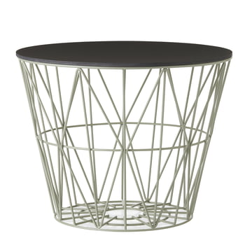 Wire Basket en Dusty Green avec Top en noir teinté de ferm Living