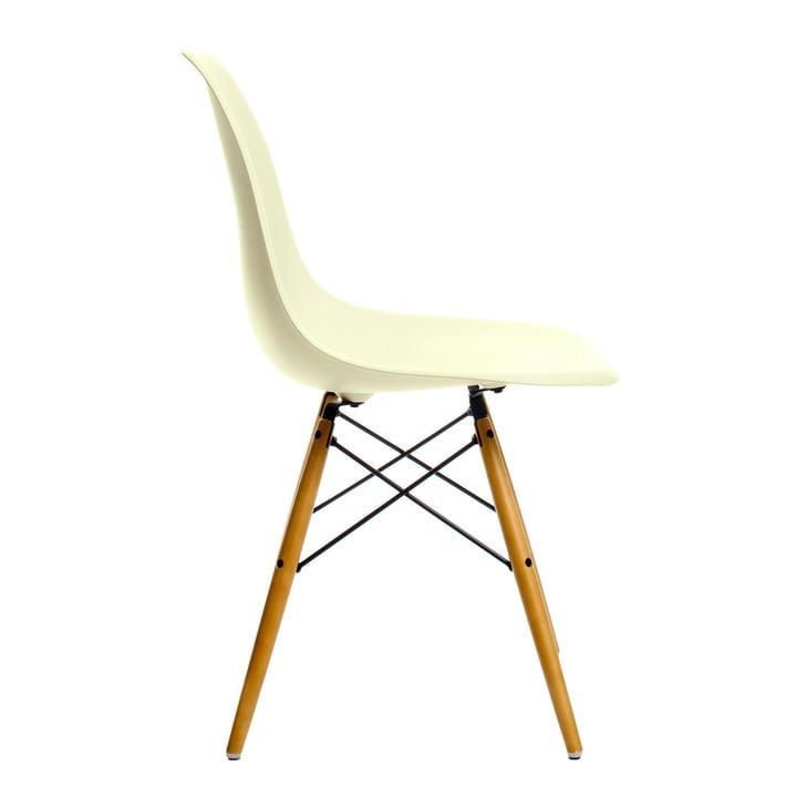 Vitra - Eames Plastic Side Chair DSW, Érable clair / crème, adhésifs anti-dérapant en plastique