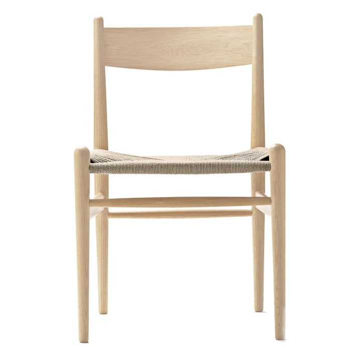La chaise CH36 de Carl Hansen, chêne savonné / tressage entrecroisé