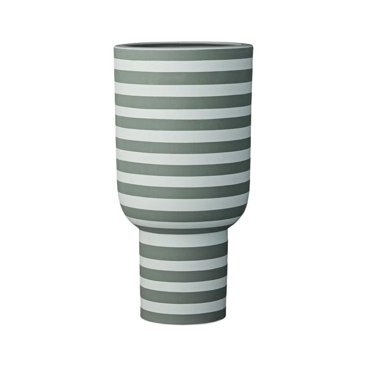 Vase sculptural Varia, Ø 15 x H 30 cm en vert poussiéreux / forêt de AYTM
