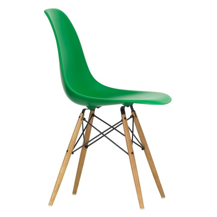 Chaise Eames Plastic Side Chair DSW by Vitra en érable jaunâtre / vert