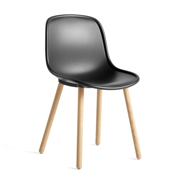Nouveau 12 Chaise, chêne laqué mat / noir doux par Hay
