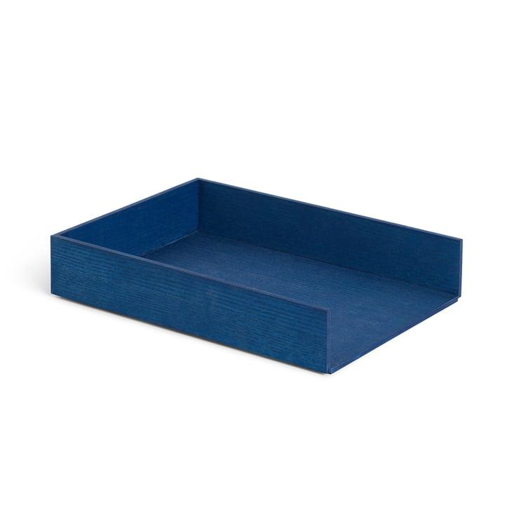 Corbeille à courrier, frêne teinté bleu par ferm Living