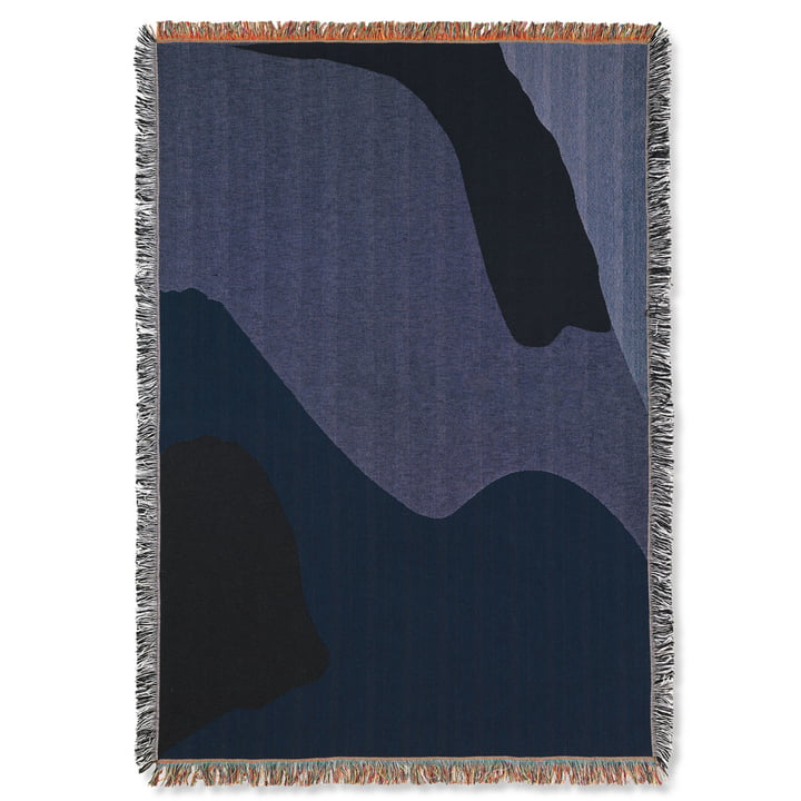 Couverture Vista 120 x 170 cm de ferm Living in dark blue