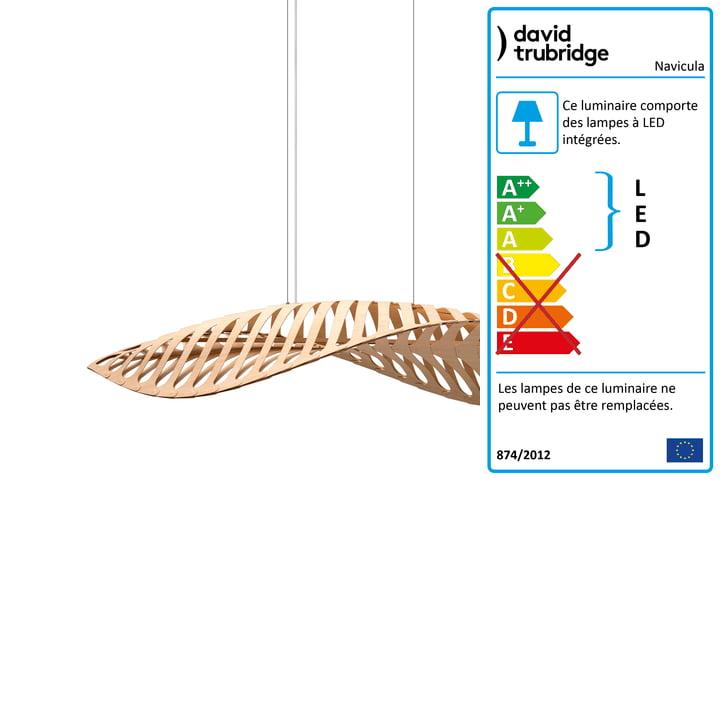Navicula Suspension LED petit modèle par David Trubridge dans la nature