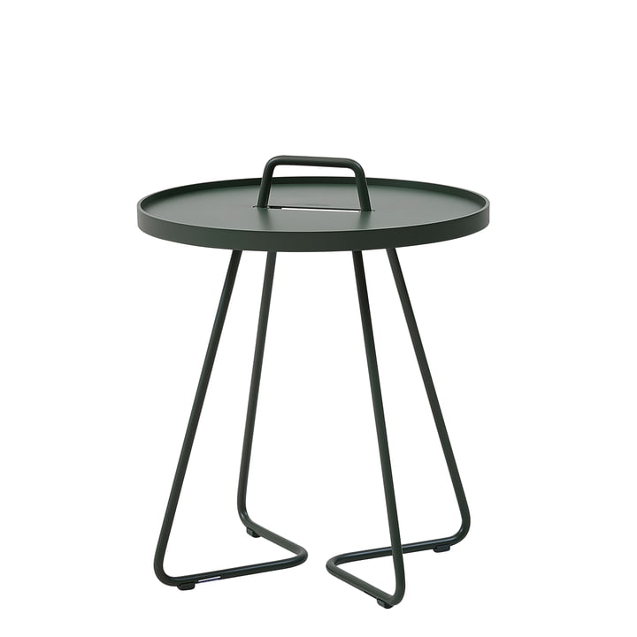 On-the-move Table d'appoint Ø 44 x H 52 cm de Cane-line en vert foncé