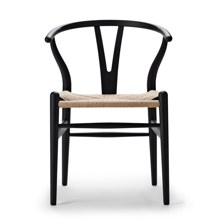 CH24 Wishbone Chair de Carl Hansen dans noir doux / tresse naturelle