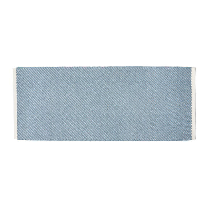 Tapis Bias, 80 x 200 cm, bleu clair par Hay .