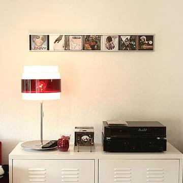 Présentation artistique des CDs avec le système d'étagère CD Sigmarail en aluminium
