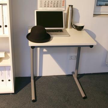 Flötotto – Table School, châssis en T/ambiance chapeau