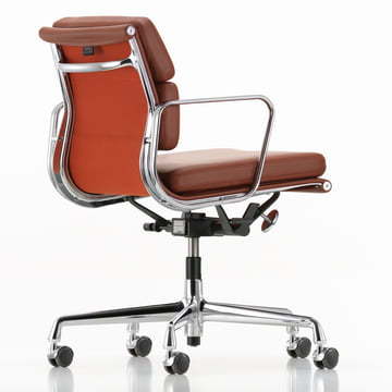 Soft Pad Chair EA 217 de Vitra