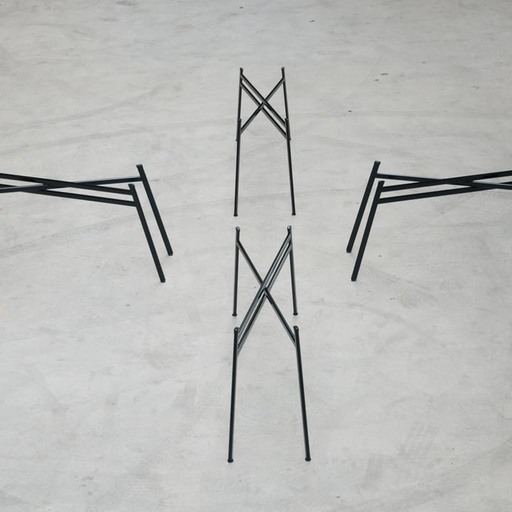 Schindlersalmeron - pied de table, image d'ambiance / étroit