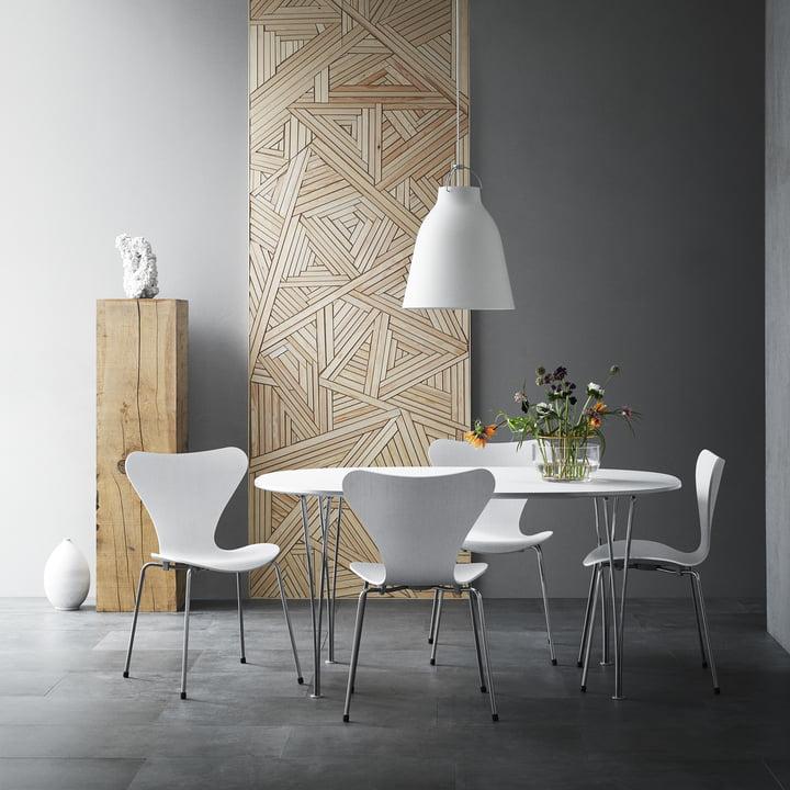 Chaise design classique à prix en lot