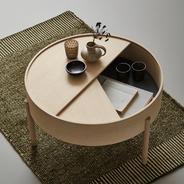 Table basse Arc Ø 66 cm H 38 cm de Woud en frêne laqué transparent