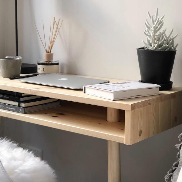Console Capo dans la nature par Karup Design comme bureau